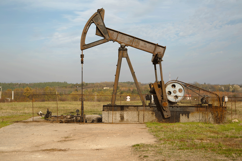 oil-derrick-1.png